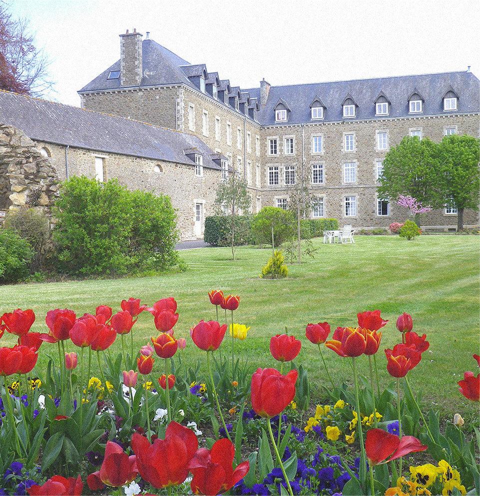 Maison d'accueil pour groupes (scolaires, colonies, familles, spécialisés) entre Dinan et Saint-Malo
